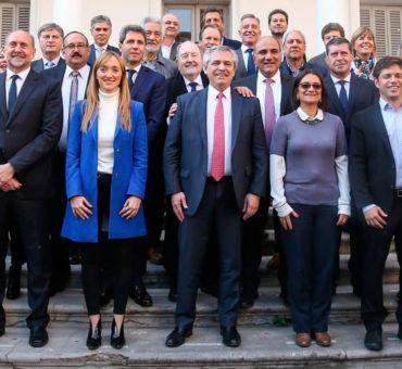 Fernández se apoya en los gobernadores peronistas