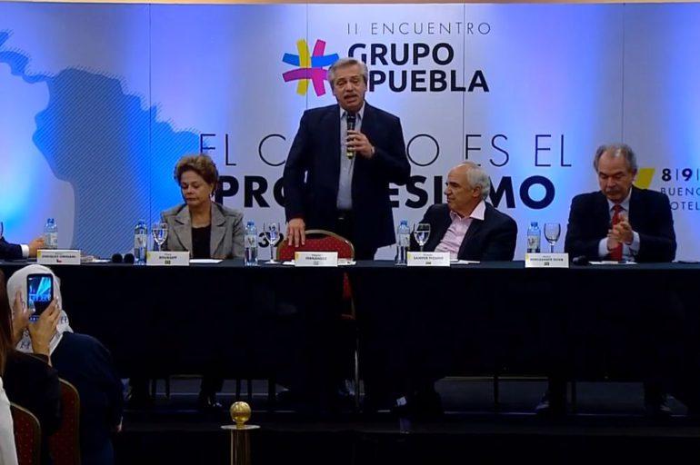 Irrumpe el Grupo de Puebla